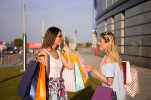 Tekst po angielsku na temat zakupów w Black friday