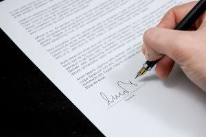 Zadanie maturalne z angielskiego - napisanie listu oficjalnego po angielsku